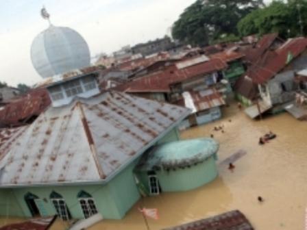 Tujuh Desa Lumbung Padi di Langkat Diterjang Banjir