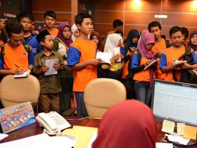 """Anak Desa """"Kampanye"""" Long March dari Purwokerto ke Jakarta"""