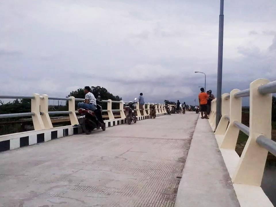 Jembatan Desa Pasir Mijen Tunggu Peresmian