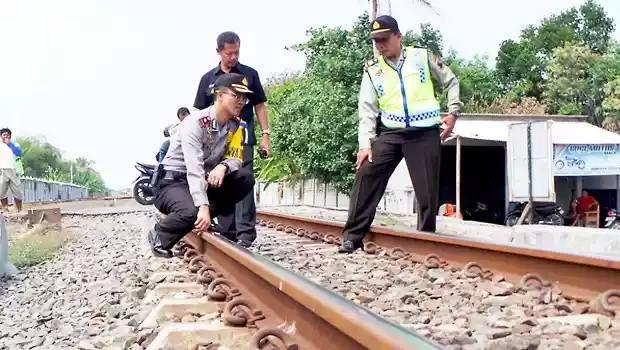 Antisipasi Kecelakaan Mudik , Polres Demak Lakukan Pengecekan Jalur KA