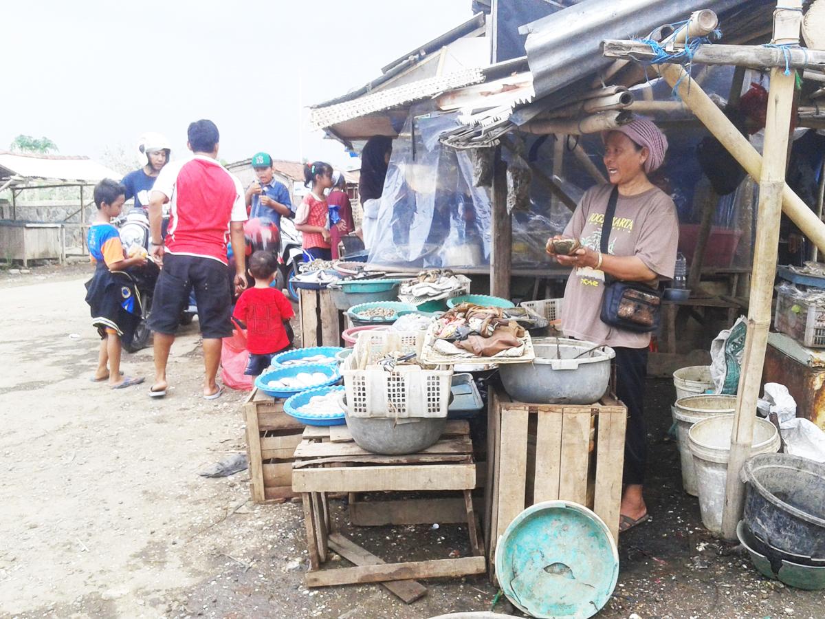 Pasar Sore Kedungmalang Sediakan Bahan Sea Food Silakan Anda Coba