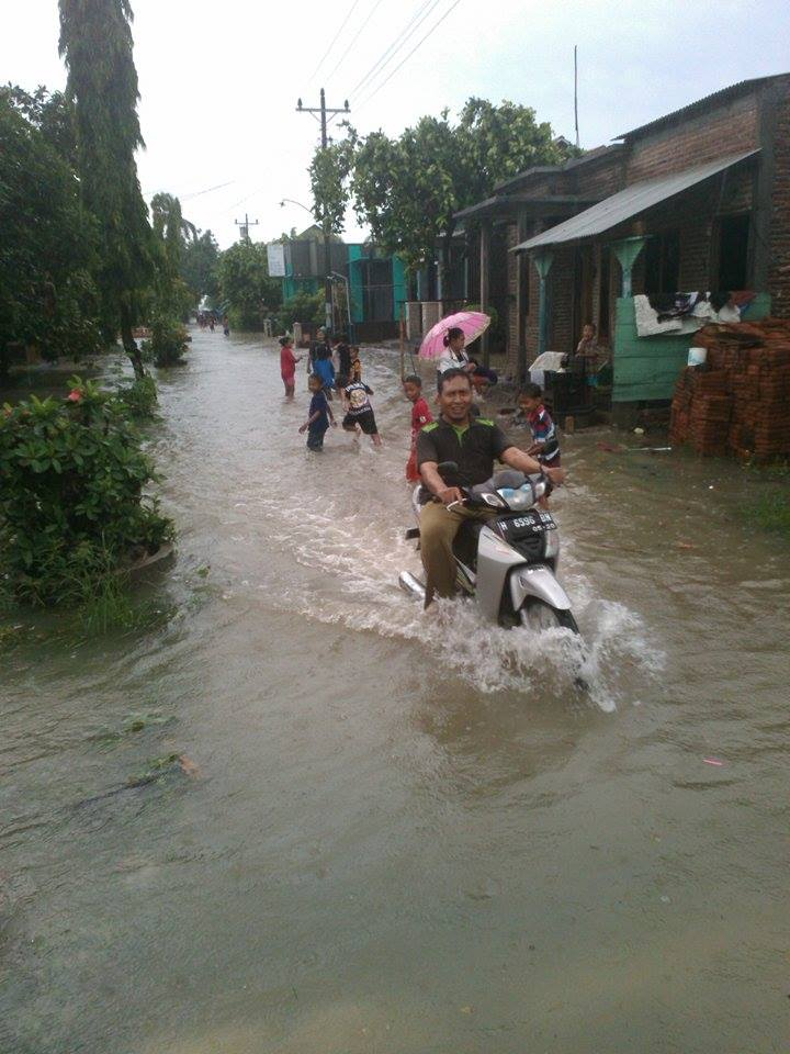 Hujan Semalaman Desa Kedung Waru Lor Demak  Tergenang
