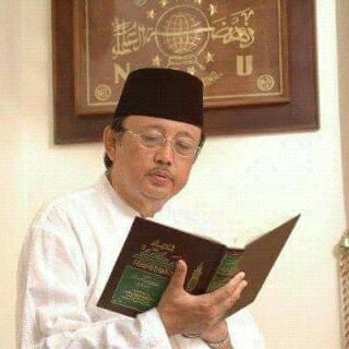 KH. Drs. Slamet Efendi Yusuf Wafat  Dalam Rangka Tugas Negara Di Bandung