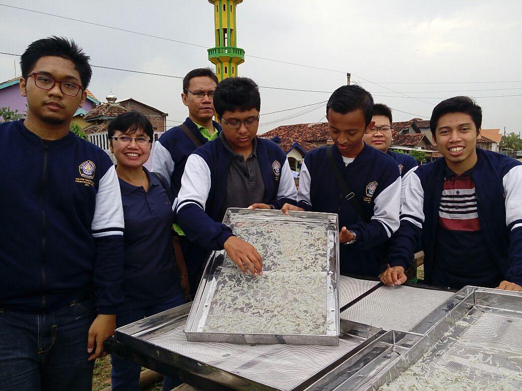 UNDIP Perkenalkan PEHI LING Untuk Pengrajin Ikan Kering Di KedungMalang Jepara