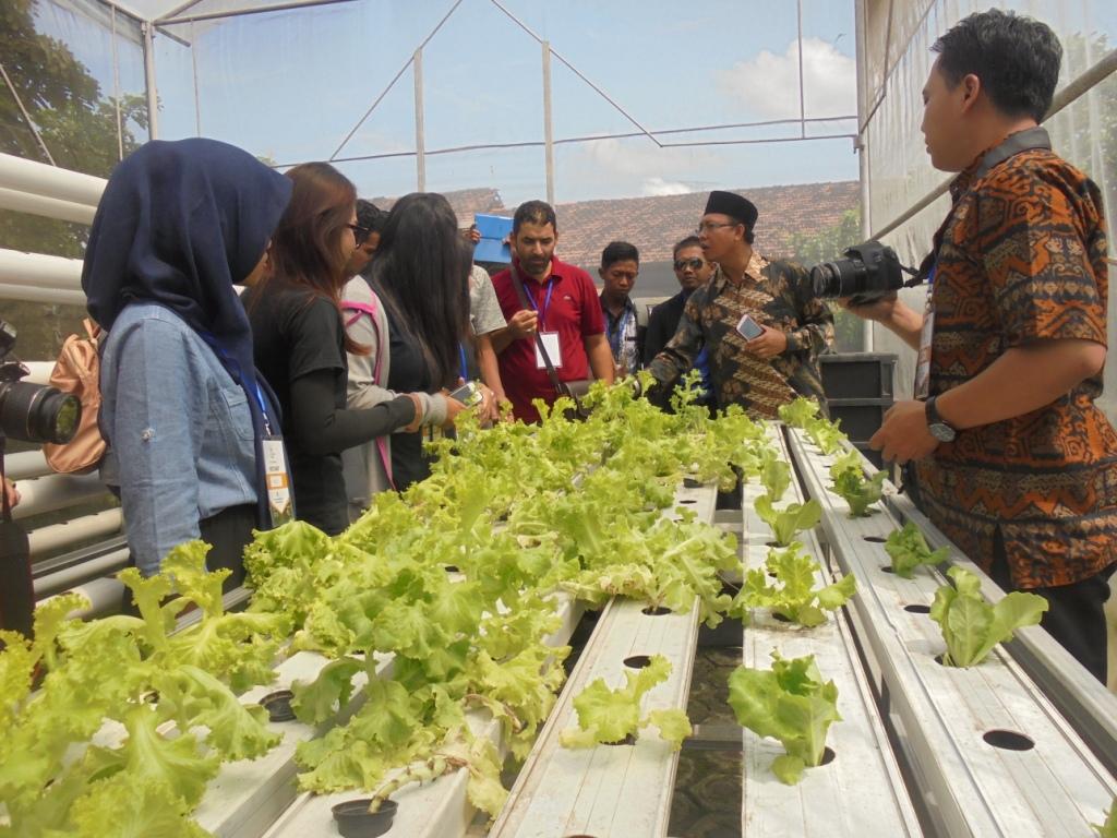 Puluhan Mahasiswa dari 14 Negara Kunjungi Al-Mawaddah Kudus