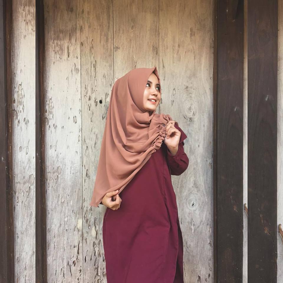 Kisah Sukses Bisnis Online Hijab Dari Jepara, Daftarkan Haji Orang Tua