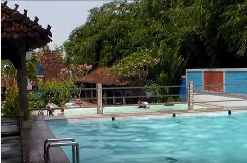 Shinta Pool 2 Pecangaan , Kolam Renang dan Resto  Yang Mengasyikkan