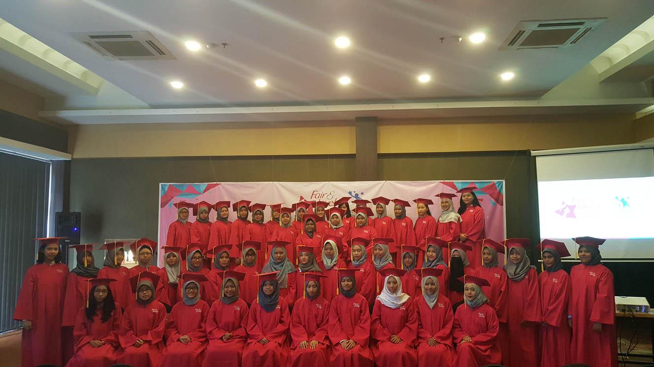 """Fair & Lovely Dukung 50 Wanita Muda Berprestasi Indonesia  Melanjutkan Pendidikan Melalui """"Fair & Lovely Bintang Beasiswa"""""""