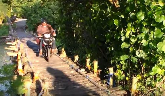 """Jembatan Tol """"Godhang"""" Jepara, Hasilnya Setahun Puluhan Juta"""