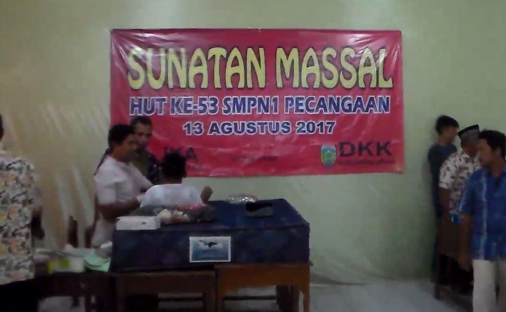 31 Anak di Khitan , Dalam Aksi Sosial HUT 53 SMPN Pecangaan