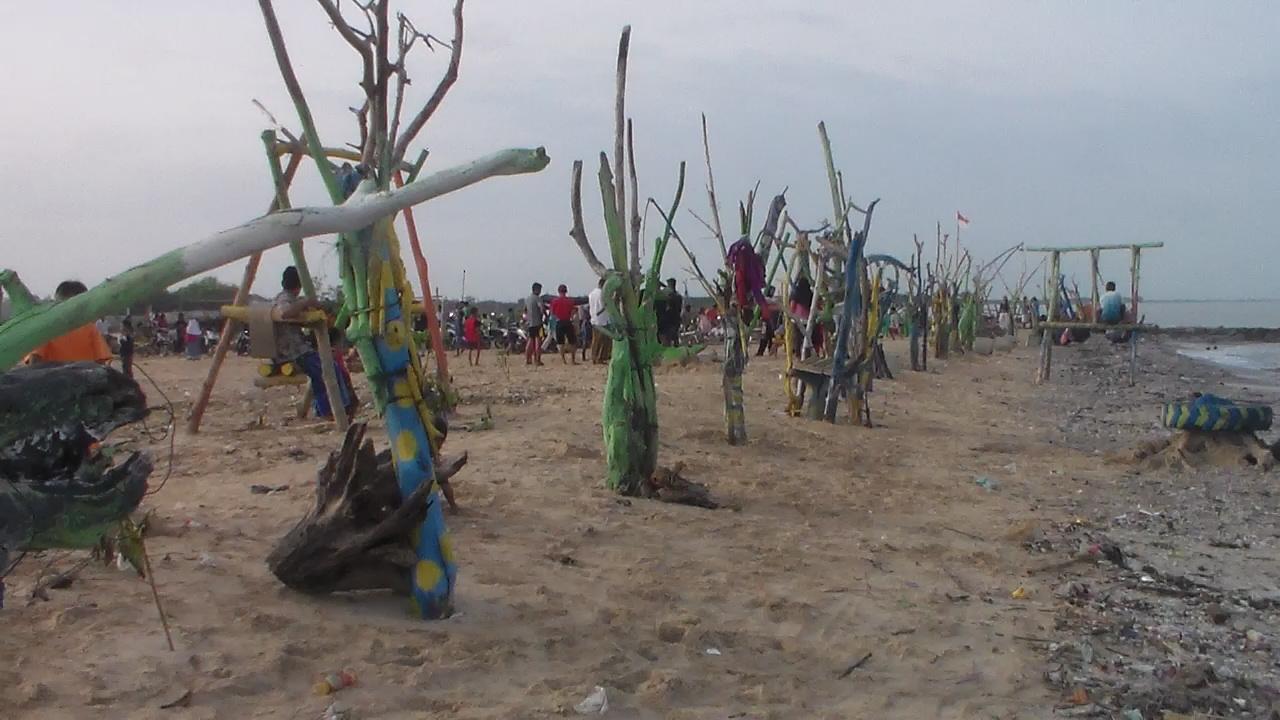 Pantai Panggung Permai  Jepara , Wisata Alternatif Di Jepara Selatan Perlu Support Pemerintah