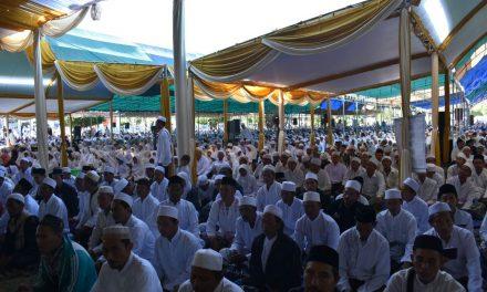 Ribuan Orang Padati Alun Alun Demak , Dzikir Maulidurrosul SAW dan Haul Akbar Jateng 2018