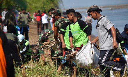 Gerakan Bersih –  Bersih Pantai Istambul Demak , Untuk Sedot Pengunjung