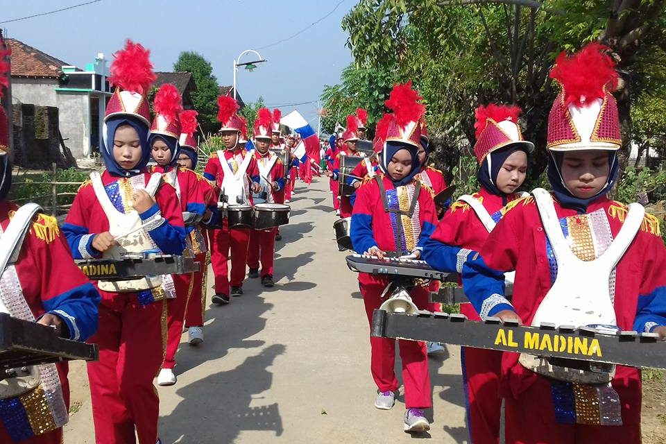 Drumb Band Gita Al-Madina Kaliombo , Tetap Eksis Untuk Promosi Sekolah