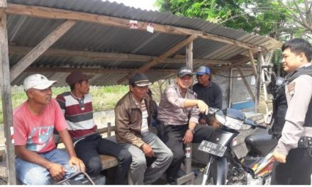 Ka SPK Polsek Karangawen Bina Tukang Ojek ,  di Pangkalan Ojek Desa Brambang