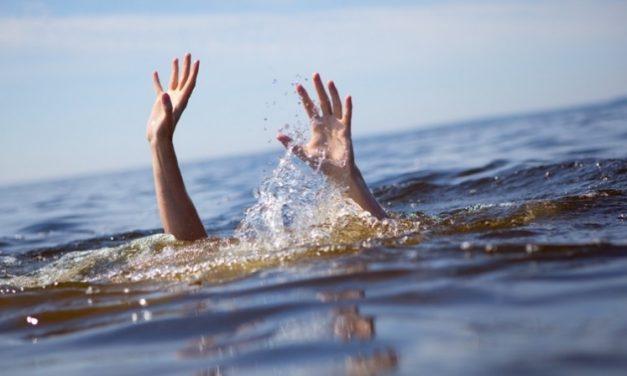 Kurang Pengawasan Bocah mandi di Sungai ,Terpeleset Meninggal Didunia