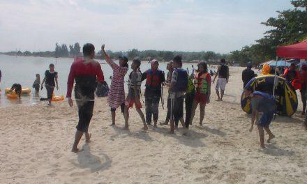 H+4 Lebaran Ribuan Pengunjung Serbu Pantai Bandengan Jepara
