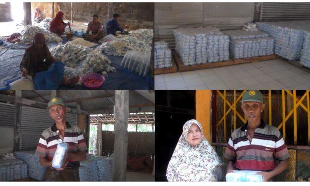 Hamdan Usai Menjabat Kepala Desa , Kini Kembali Olah dan Pasarkan Garam Beriodium