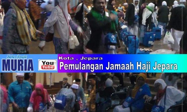 Jamaah Haji Jepara 2018 Kembali Ke Tanah Air , Keluarga Jemput di Pendopo Kabupaten