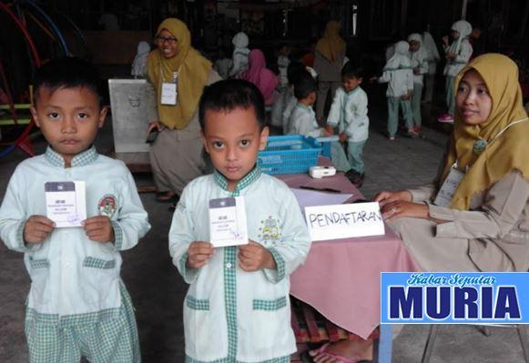 KB Al-Azhar Kudus Ajarkan Demokrasi Sejak Dini