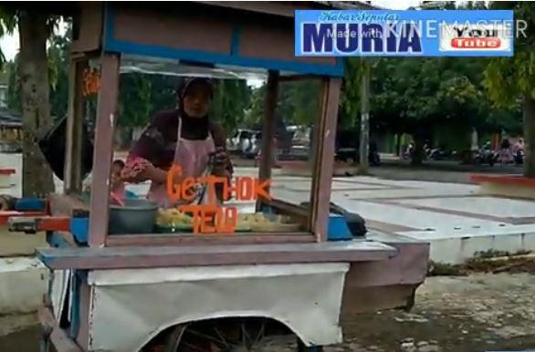 Nikmati Gethuk ,Tiwul dan Puli di Depan Pasar Kalinyamatan Jepara
