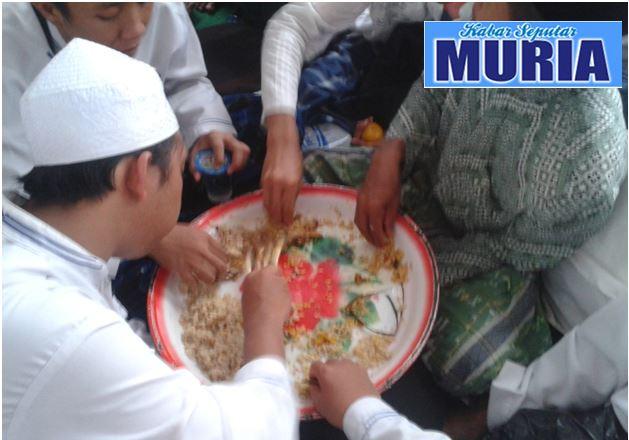 Inilah Nasi Kuning Kebuli Tradisi Maulid Nabi Habib Lutfie Pekalongan  ,Ajibnya Bebas dari Lalat