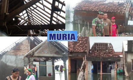 Puluhan Rumah di Desa Tugu Demak , Di Sapu Angin Puting Beliung
