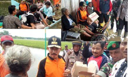 Bupati Pati Sambangi Warganya Yang Kebanjiran dan Beri Bantuan