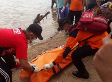 Nelayan Jepara Temukan Mayat di laut , Di Duga Korban Pembunuhan