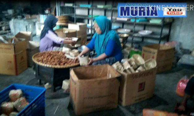 "Melihat Dapur Gethuk Goreng "" Ekasari Sokaraja"", Bahannya Ketela Super dari Wonosobo"