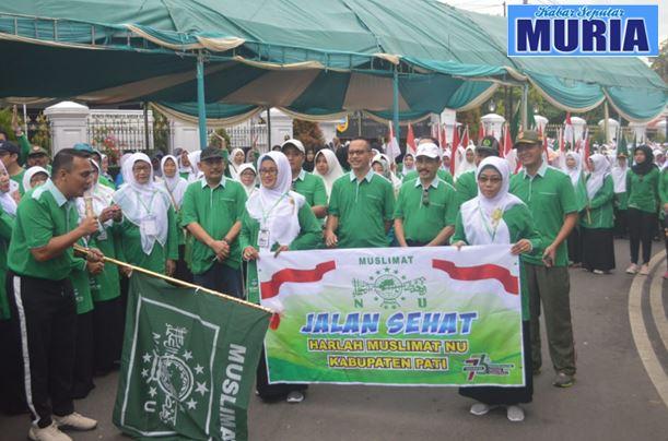 5.000 Warga Meriahkan Jalan Sehat Harlah Muslimat NU di Pati