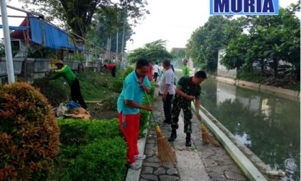 Bersih -Bersih Lingkungan Dalam Rangka hari jadi Demak ke 516