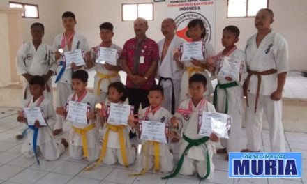 Ketua Umum FORKI Blora Apresiasi  Atlit Kyokushinkai Yang Raih Medali
