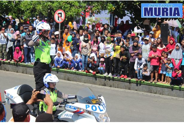 Wow !!! Meriahnya Millennial Road Safety Festival di Alun Alun Pati