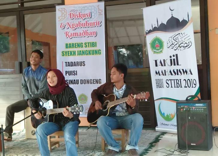 BEM STIBI Syekh Jangkung Gelar Tadarus Puisi dan Sinau Dongeng