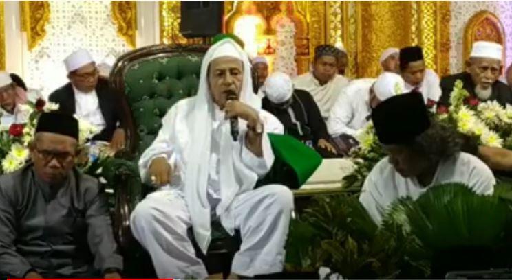 Ribuan Warga Demak Hadiri Haul Sultan Abdul Fatah ke 517 di Alon Alon Demak