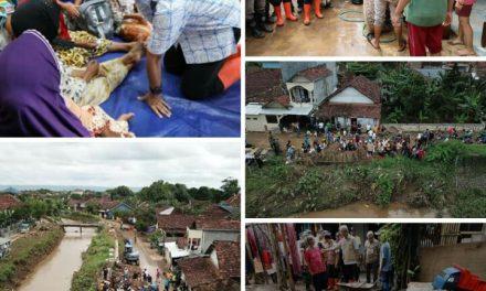 Tinjau Banjir Kudus, Ganjar Dengarkan Curhatan Warga