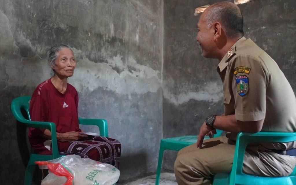 Diunggah Tetangga 3 Warga Kurang Mampu di Sambangi Plt Bupati Jepara