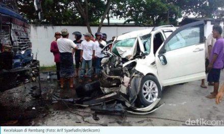 Warga Demak tewas dalam kecelakaan di rembang, Terios VS Truk Tandum dan Tronton