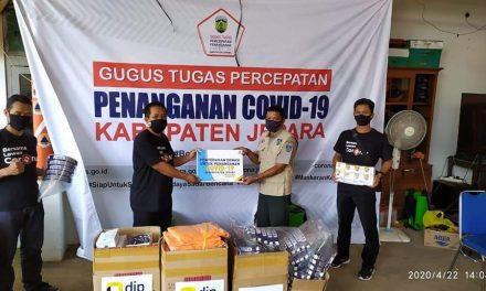 Relawan KPP Pratama Jepara Serahkan Bantuan APD