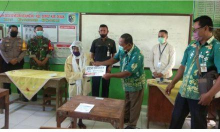 Penyaluran  BLT DD Desa  Kedungori  Dempet Di Kawal Babinsa Dan Babhinkamtibmas