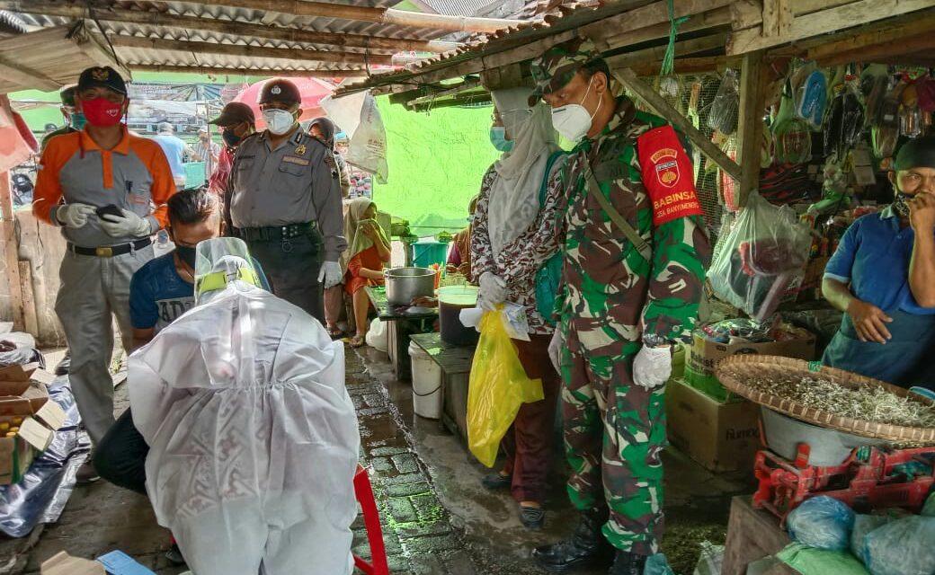 Pedagang Pasar Banyumeneng Mranggen Di Rapid Tes