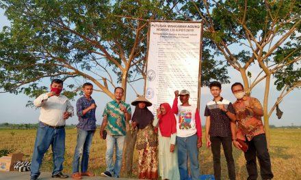 Terancam Eksekusi , Tim Advokat Peduli Mbah Tun Pasang Baliho Putusan MA