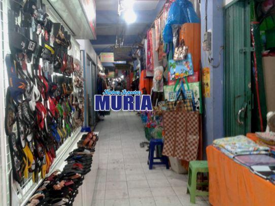 Covid 19 turunkan omzet Pedagang Pasar Kliwon Kudus.