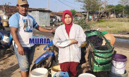 Penerima  PKH ini Bersyukur , Bisa Jualan Ikan Keliling