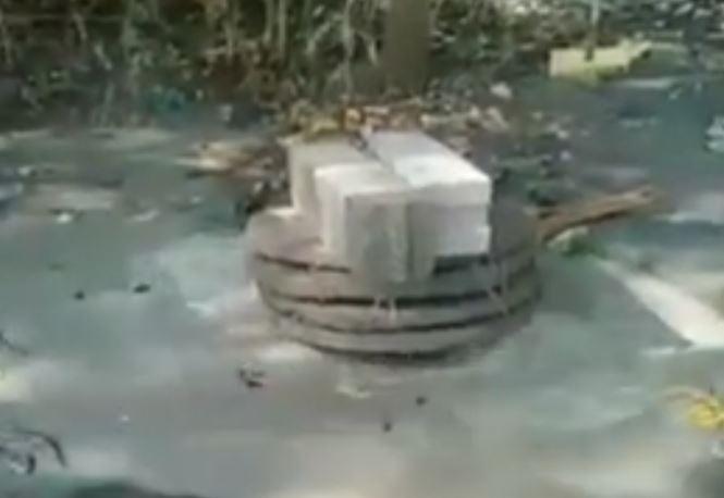 Semburan Air dan Lumpur Di Manggar Mas Grobogan  di Tutup Cor Beton