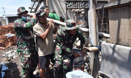 Rumah Ibu  Khoiriyah Sidogemah Sayung ,Di Serbu TNI dan Warga Kareba Tak Layak Huni