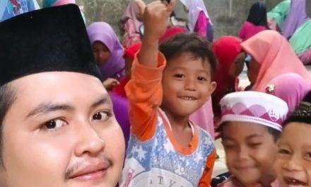 Mahasiswa KKN RDR Bantu Mengajar TPQ Musholla Al Mubaroq Gondoriyo Ngaliyan Semarang.