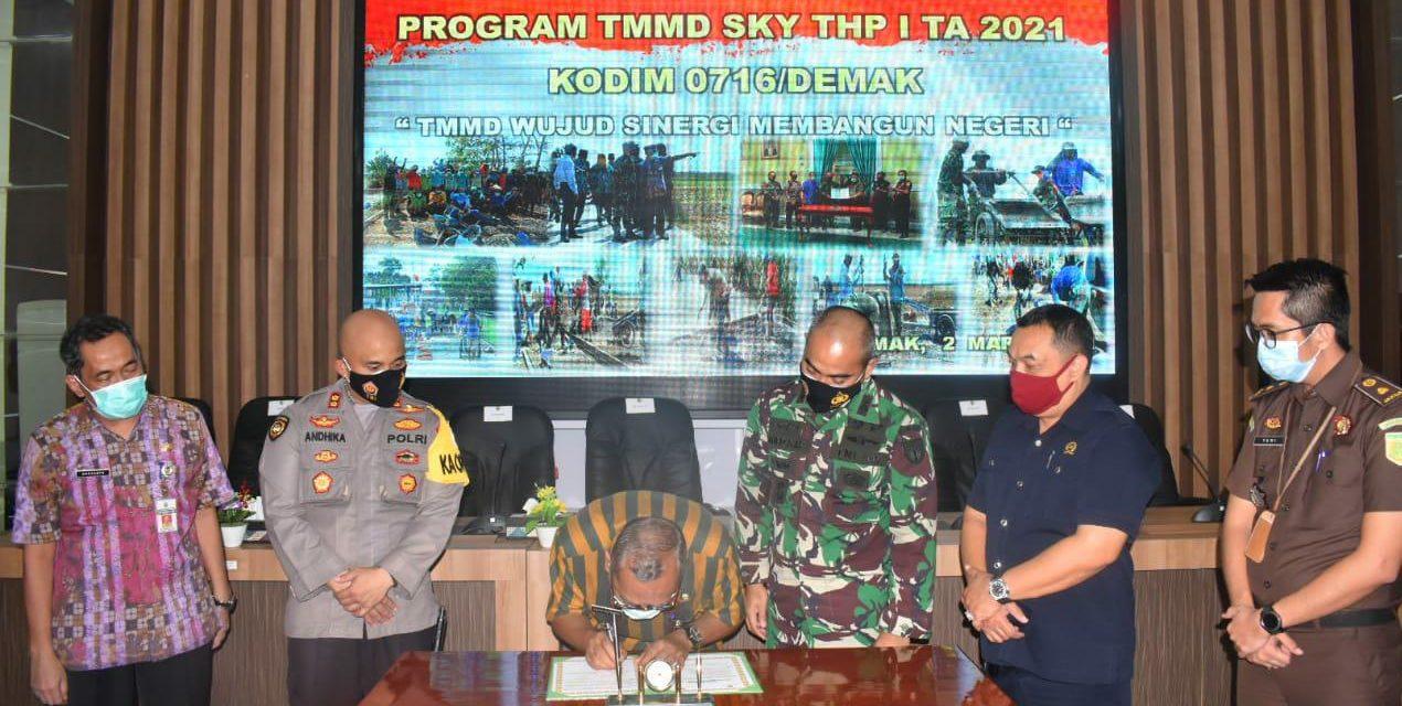TMMD Sengkuyung I Garap Fisik Jalan Beton