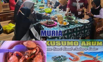 """Warung  """"Kusumo Arum """" Kedungmutih Demak Sediakan Sea Food Matang dan Mentah"""